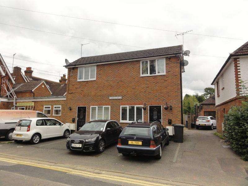1 Bedroom Maisonette Flat for sale in Cranleigh, Cranleigh