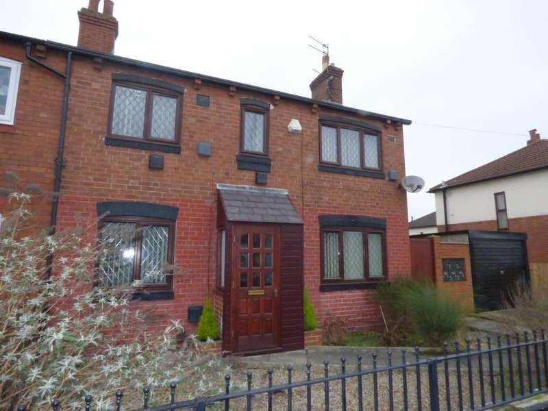 3 Bedrooms Semi Detached House for sale in Longroyd Terrace, Beeston, LS11 5HJ