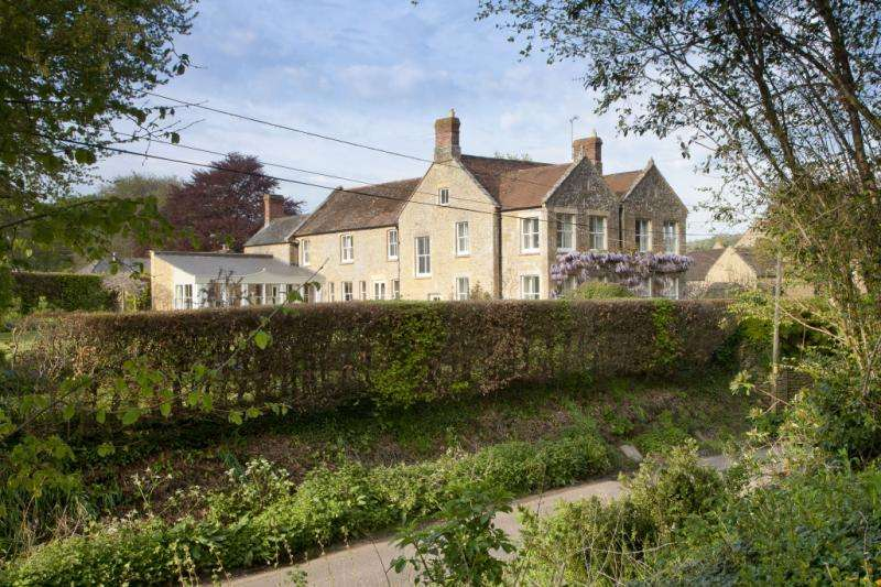 4 Bedrooms Detached House for sale in Norton Sub Hamdon, Norton Sub Hamdon, Somerset, TA14