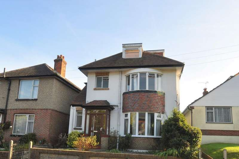 4 Bedrooms Detached House for rent in Hyde Road, Kinson,