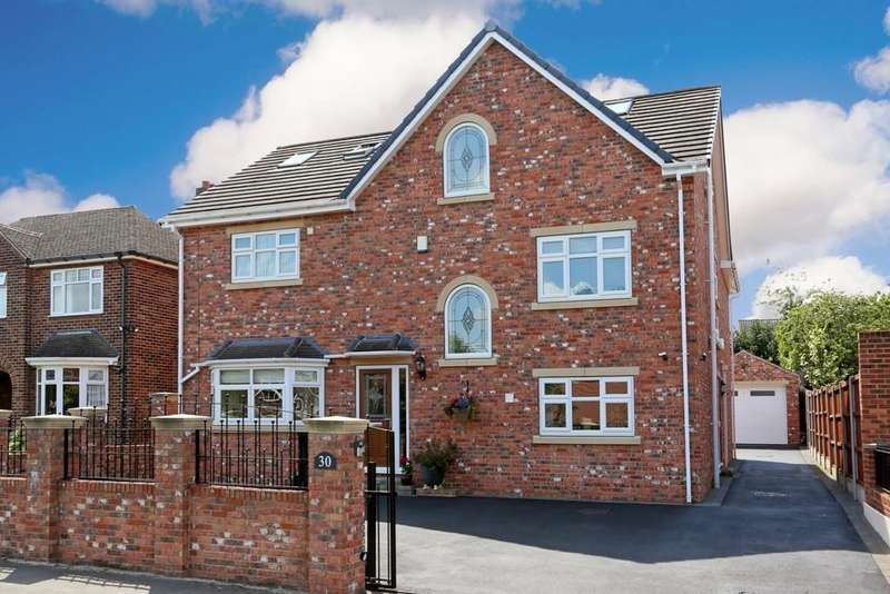 5 Bedrooms Detached House for sale in Woodland Drive, Sandal