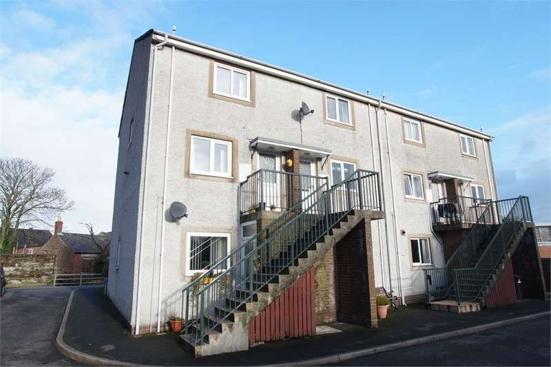 2 Bedrooms Flat for sale in CA7 9ET Hodgsons Close, WIGTON, Cumbria