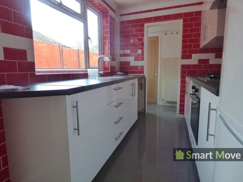 3 Bedrooms Terraced House for sale in Crown Street, Peterborough, Cambridgeshire. PE1 3HZ