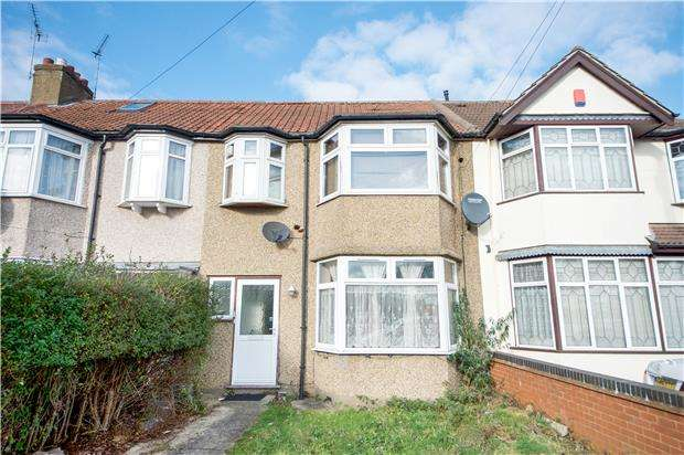 2 Bedrooms Flat for sale in Glenalmond Road, HARROW, Greater London, HA3 9JY