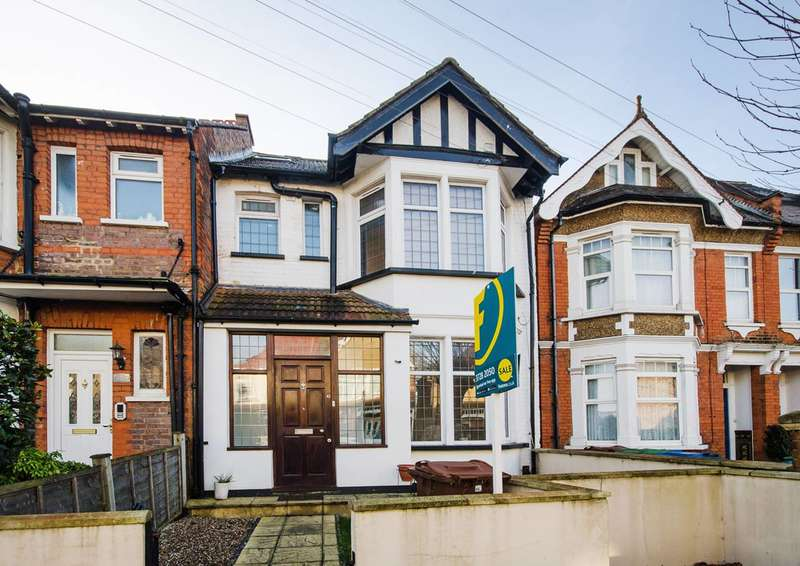 6 Bedrooms House for sale in Welldon Crescent, Harrow, HA1
