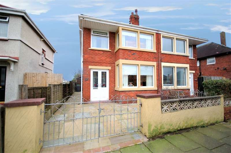 3 Bedrooms Semi Detached House for sale in Endsleigh Gardens, Blackpool