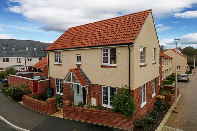 3 Bedrooms Semi Detached House for sale in Barn Orchard, Cranbrook