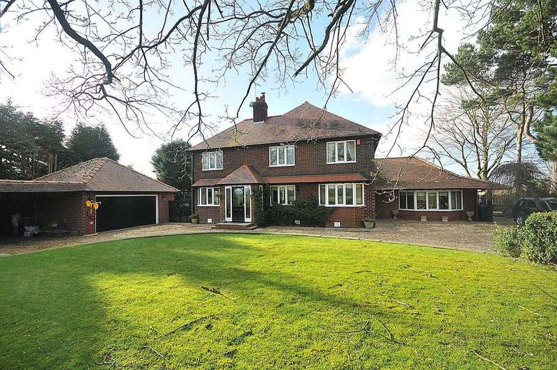 5 Bedrooms Detached House for sale in Gawsworth Road, Macclesfield