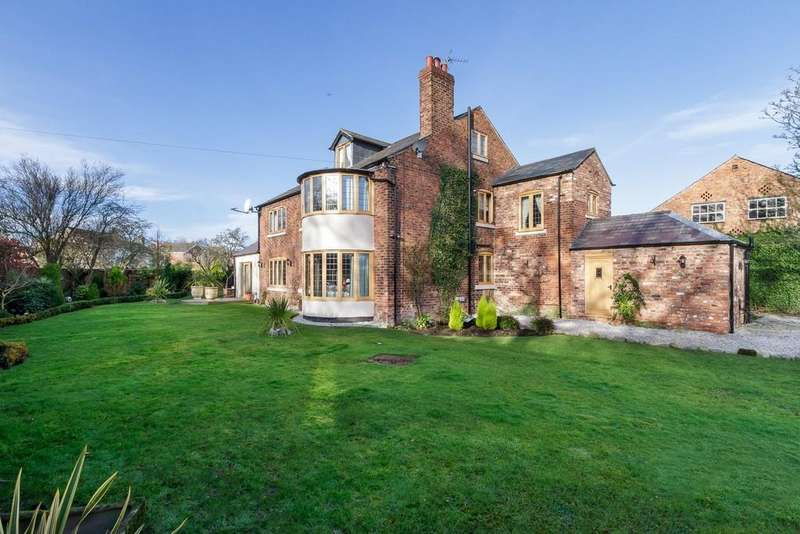 4 Bedrooms Detached House for sale in Oscroft Farm, Oscroft, CH3 8NW