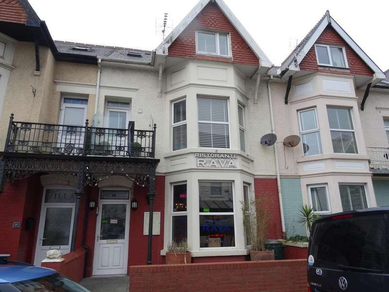3 Bedrooms House for sale in MARY STREET, PORTHCAWL, CF36 3YN
