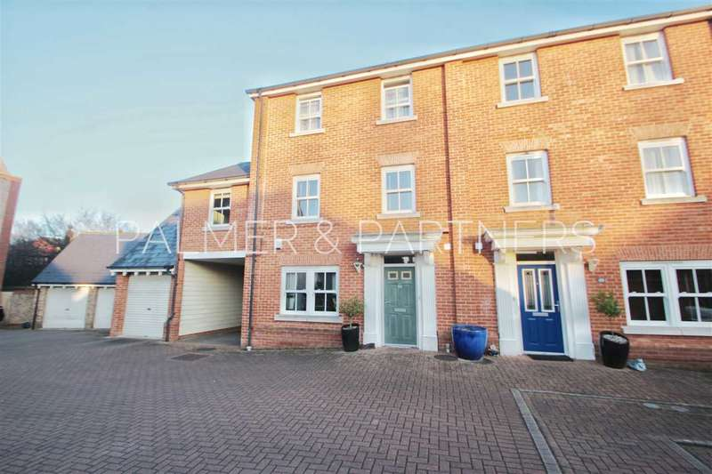 4 Bedrooms Town House for sale in Rouse Way, Colchester