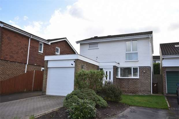 3 Bedrooms Detached House for sale in Qualitas, Bracknell, Berkshire