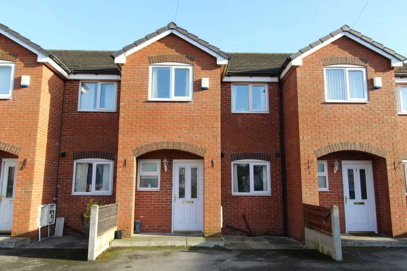 3 Bedrooms Terraced House for sale in Livesy St, Manchester