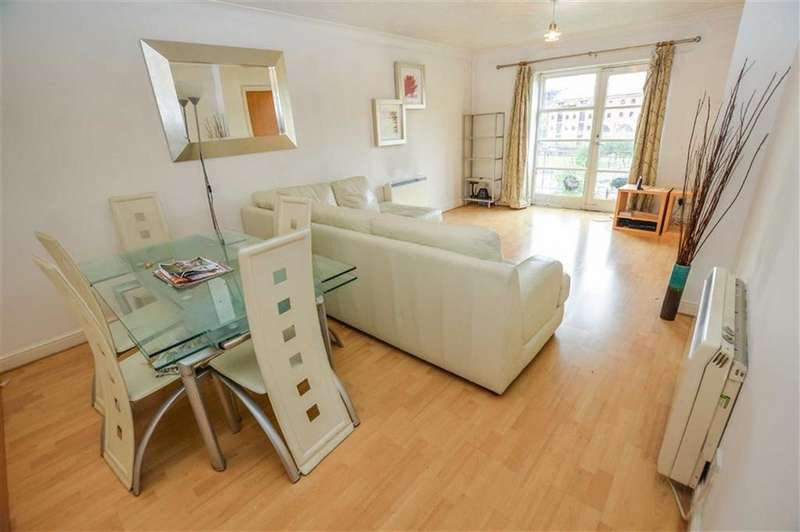 2 Bedrooms Apartment Flat for sale in Blantyre House, Castlefiled, Manchester, M15