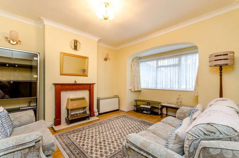 3 Bedrooms House for rent in Woodville Road, Thornton Heath, CR7