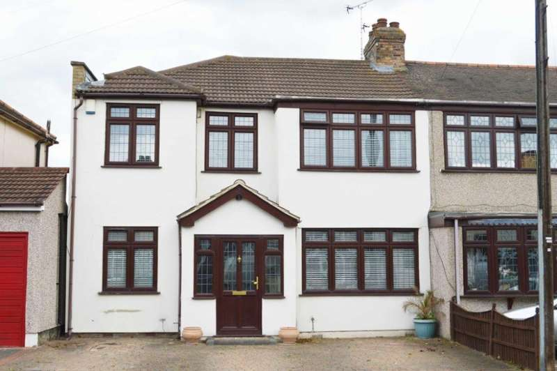 4 Bedrooms End Of Terrace House for sale in Acacia Avenue, Hornchurch