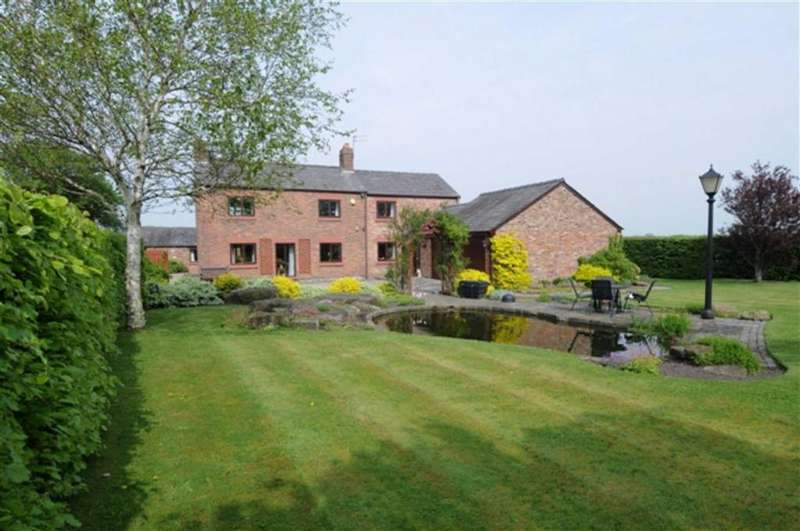 4 Bedrooms Detached House for sale in Cross Lane, Halsall, L39