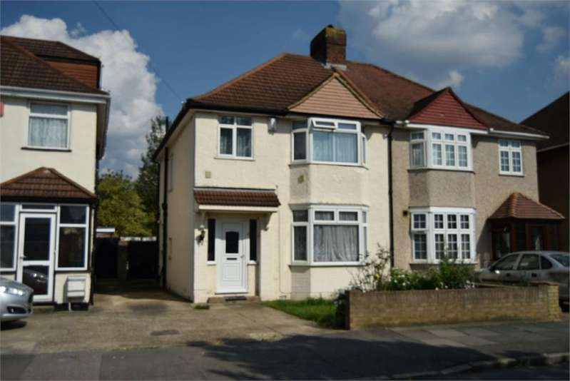3 Bedrooms Semi Detached House for sale in Munster Avenue, Hounslow, Greater London