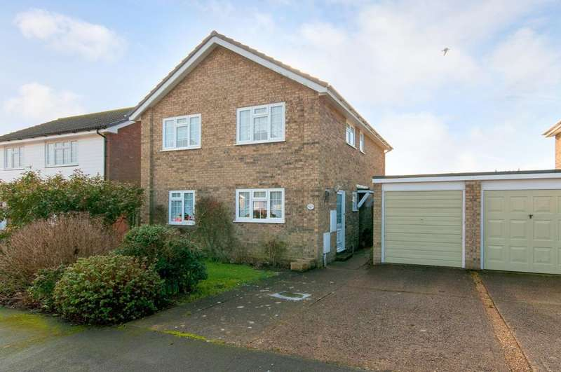 4 Bedrooms House for sale in North Way, Seaford, East Sussex, BN25 3HP