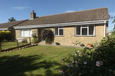3 Bedrooms Bungalow for rent in SOUTH PETHERTON