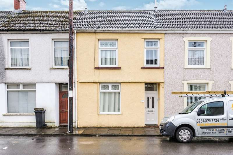 4 Bedrooms Terraced House for sale in South View, Troedyrhiw, Merthyr Tydfil