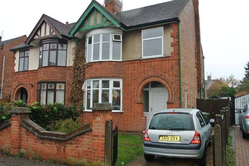 3 Bedrooms Semi Detached House for sale in Lynton Road, Peterborough, Cambridgeshire. PE1 3DU