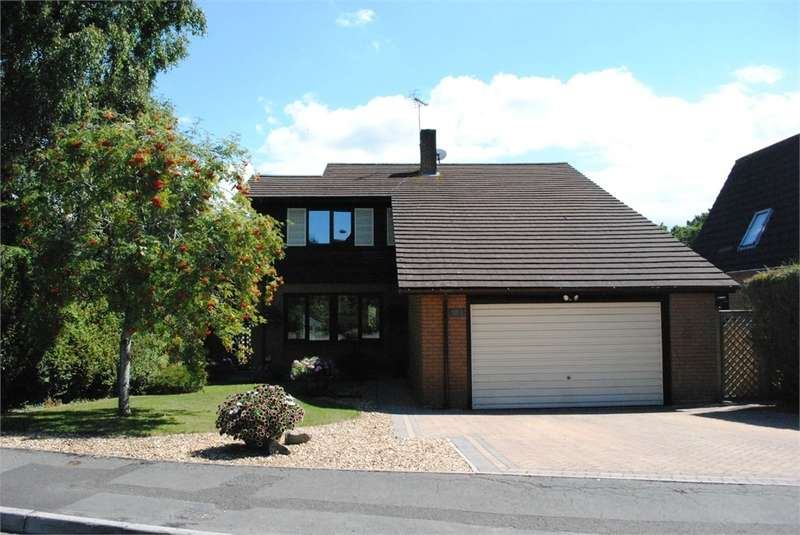 4 Bedrooms Detached House for sale in 8 Rickford Road, Nailsea, Bristol, North Somerset