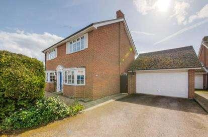 4 Bedrooms Detached House for sale in Shepperton Close, Castlethorpe, Milton Keynes