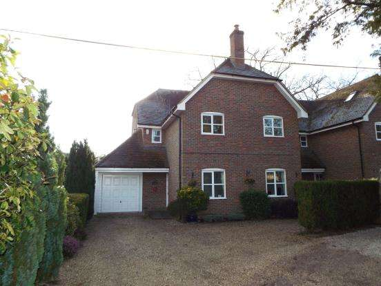 5 Bedrooms Detached House for sale in Bishopswood Lane, Baughurst, Tadley