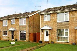 3 Bedrooms Semi Detached House for sale in Undermill Road, Upper Beeding, Steyning, West Sussex