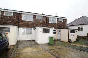 3 Bedrooms Terraced House for sale in Pentland Road, Salvington, Worthing, West Sussex