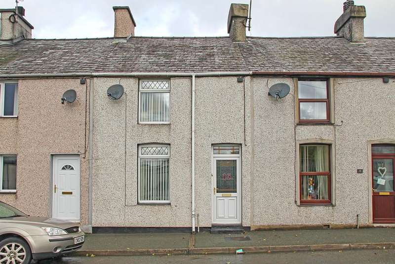 3 Bedrooms Terraced House for sale in Church Terrace, Llangefni, North Wales
