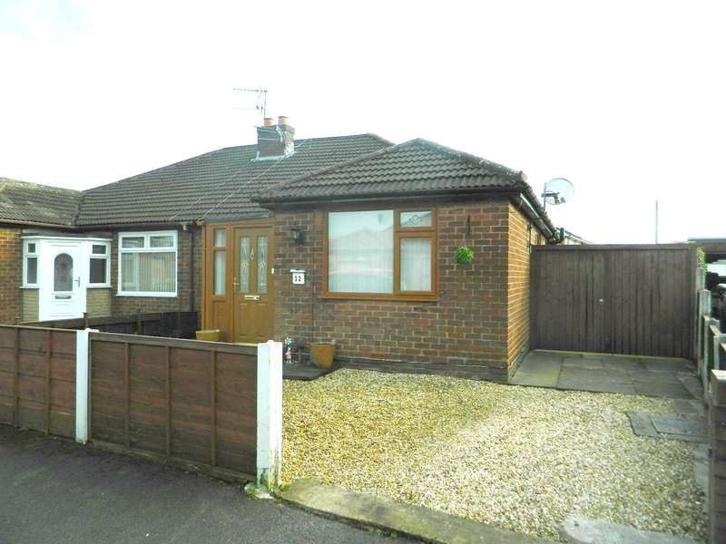 3 Bedrooms Semi Detached Bungalow for sale in Pendennis Crescent, Hindley Green, Wigan, WN2