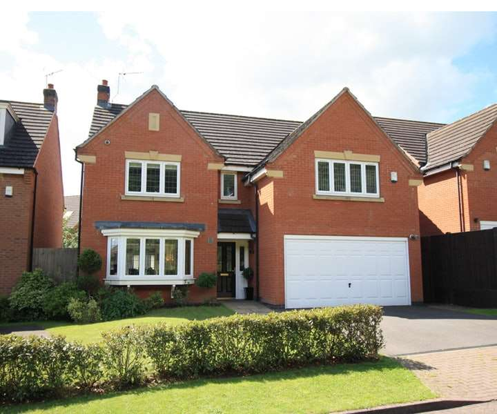 4 Bedrooms Detached House for sale in Guinea Crescent, Coventry, West Midlands, CV4
