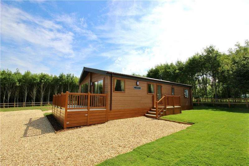 2 Bedrooms Detached House for sale in Bournewood Lodge Park, Bourne Road, Defford, Worcestershire, WR8