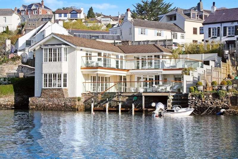 4 Bedrooms Detached House for sale in Riverside Road West, Newton Ferrers, Devon, PL8