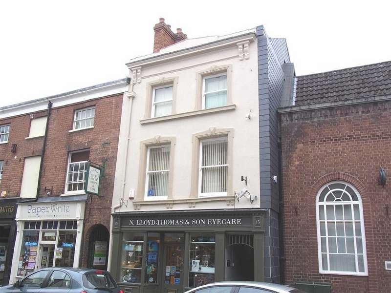 2 Bedrooms Flat for rent in 15A, Church Street, Oswestry, Shropshire, SY11