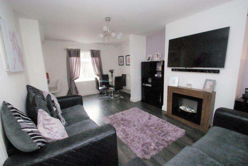 2 Bedrooms Semi Detached House for sale in Faceby Walk, Middlesbrough