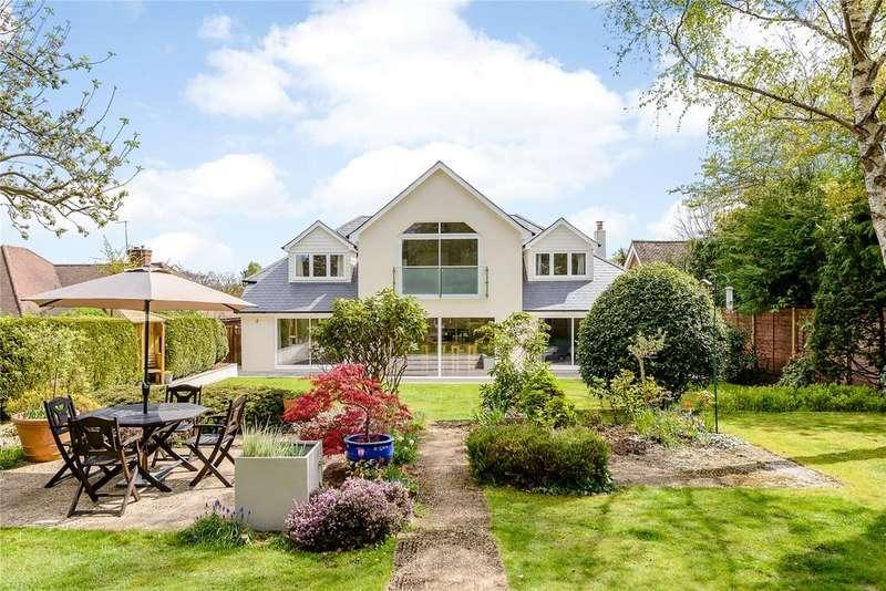 5 Bedrooms Detached House for sale in Abbots Ride, Farnham, Surrey, GU9