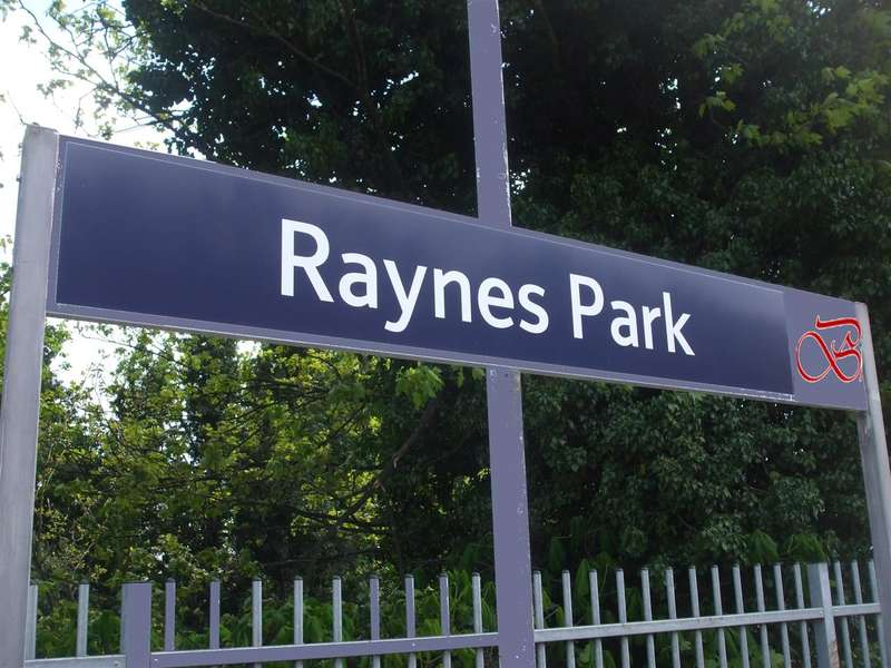 Commercial Property for rent in Coombe Lane, Raynes Park, Raynes Park