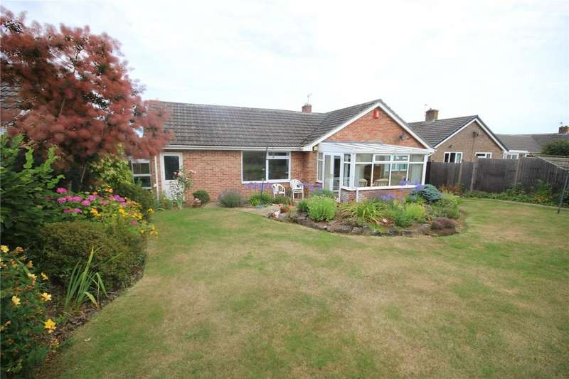 3 Bedrooms Detached Bungalow for sale in Highfield, Taunton, Somerset