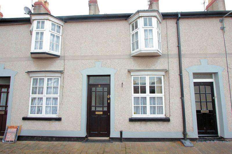 2 Bedrooms Terraced House for sale in Wellington Terrace, Rhyl