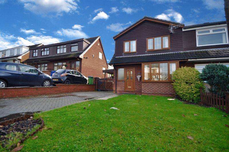 3 Bedrooms Semi Detached House for sale in Mellor Brow, Heywood
