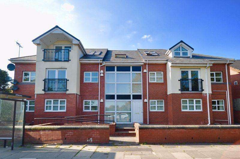 2 Bedrooms Penthouse Flat for sale in Bury Rochdale Old Road, Birtle, Bury