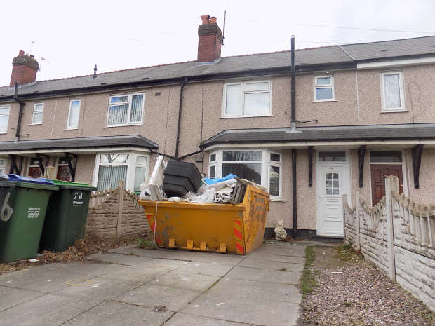 3 Bedrooms Terraced House for sale in Manor Road, Tipton, DY4