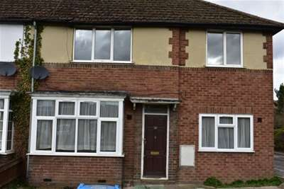 1 Bedroom Maisonette Flat for rent in Weedon Road, Aylesbury
