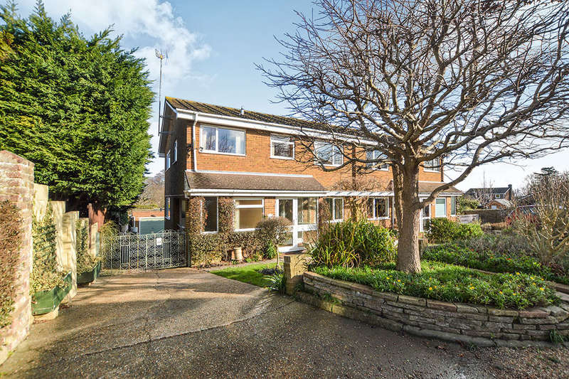 4 Bedrooms Semi Detached House for rent in Lawn Road, Walmer, Deal, CT14