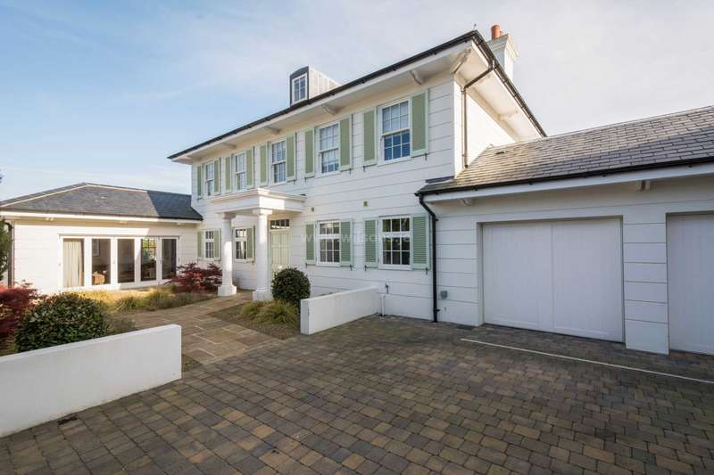 5 Bedrooms Detached House for sale in St Peter
