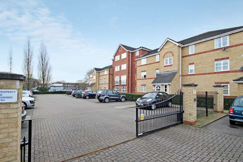 2 Bedrooms Ground Flat for sale in Winery Lane, Kingston Upon Thames