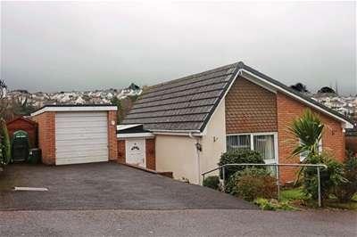2 Bedrooms Detached Bungalow for rent in Meadow Park, Marldon, Paignton